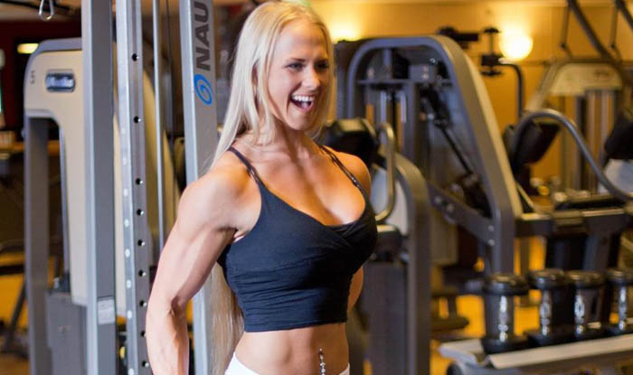 Sarah Backman - women bodybuilder