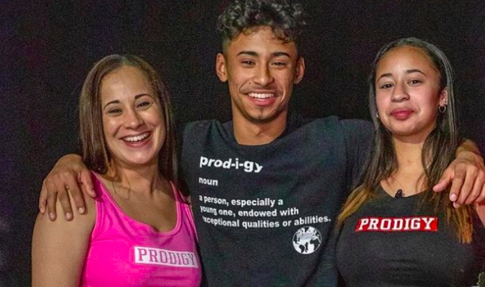 Julian Newman sister and mother