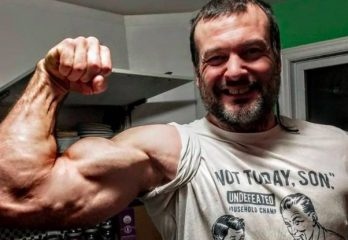 Top 10 Best Professional Arm Wrestlers in The World